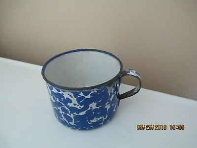 BLUE & WHITE SWIRL COFFEE MUG OR CUP OLD VINTAGE GRANITEWARE Enamelware HEAVY