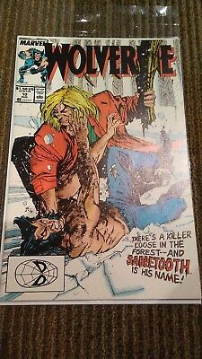 Wolverine 10. First Sabertooth Battle. Great Condition