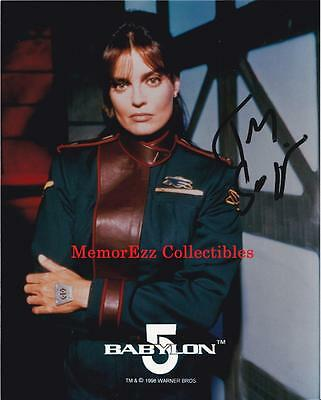 BABYLON 5 Tracy Scoggins / Capt Lochley SIGNED Autograph 8x10 Color Photo