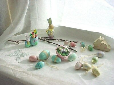 Mixed Wooden Easter Decorations Ornaments Lot of 17 F2227 Rabbits Eggs