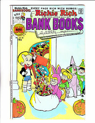 """Richie Rich Bank Book  No 20 : 1975 :"""" Trick Or Treat Cover! """""""