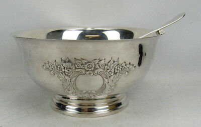 """Wallace Embossed Punch Bowl #524 Qith Ladle Sivlerplate 12"""" x 6"""" No Mono Nice!"""