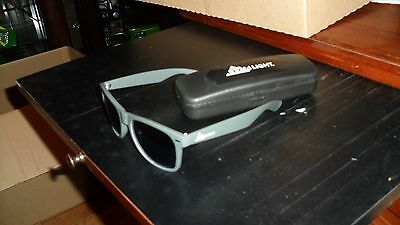 Coors Light Mirrored Sunglasses with Case `New`never used Canada only