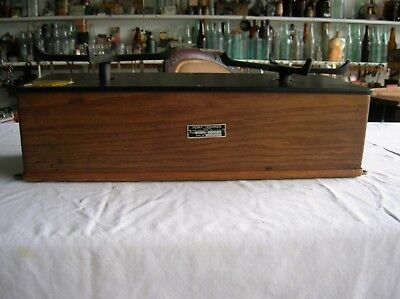 Antique Henry Troemner Apothecary Pharmacy Balance Scale Oak Case 3 Weights