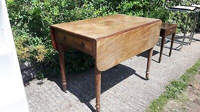 Victorian Pembroke table - drop-leaf sides - with drawer - solid mahogany