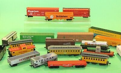 Model Railroad Trains HO Scale Rolling Stock Large Lot of 20 Different Cars!