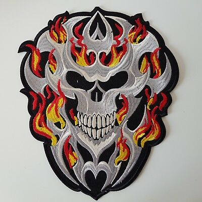 Z046 // Ecusson Patch Aufnaher Toppa / Neuf / Tete Mort Flamme - Enorme 25*30 Cm