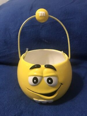 RARE Galerie M&M's Yellow Ceramic Candy Basket w/ Handle 2003