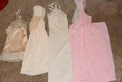 Vintage Lingerie LOT of 4 items!!!!  Size  32/34  Small  Ladies  MINT condition
