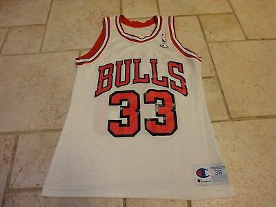Vintage 90s NBA Champion Chicago Bulls Scottie Pippen  33 Basketball Jersey  36 S c1e6d075b