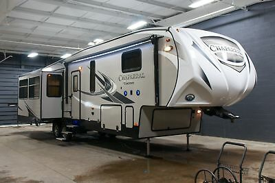 New 2018 Coachmen Chaparral 360IBL Middle Bunkhouse 5th Wheel