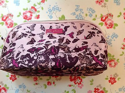 ⭐️⭐️TED BAKER⭐️⭐️BUTTERFLY COSMETIC TOILETRY VANITY MAKEUP BAG⭐️Body Wash Lotion