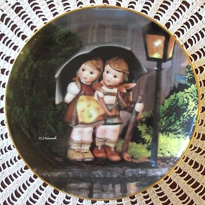 M.I. Hummel STORMY WEATHER Little Companions Series Collector Plate Danbury MINT