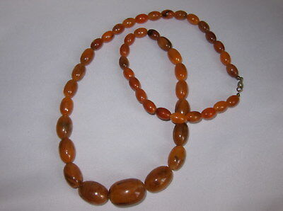 Vintage Art Deco Style Faux Amber / Early Plastic Barrel Shaped Bead Necklace