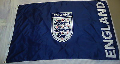 """Official """"FA"""" England Supporters Blue Team Badge Football Flag 5' x 3' Approx"""