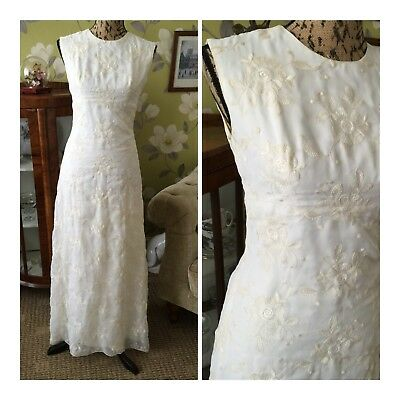 Vintage 70's Beautiful Ivory Floral Embroidered Bohemian Simple Wedding Dress 10