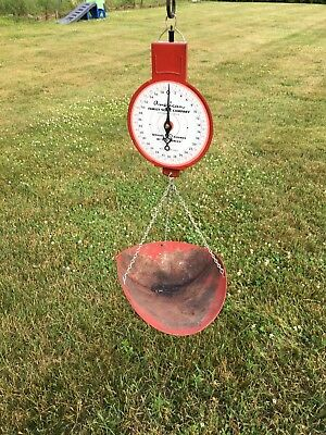 Beautiful Vintage Red American Family Hanging Grocer Scale Country Store Produce