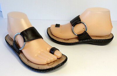 4f35574862db BORN Womens CAPTIVA Brown Leather Toe Ring Loop Thong Sandals Sz 6   36.5