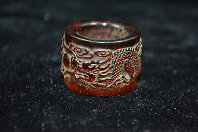 Vintage Collectible handwork Old amber carve dragon chinese noble man Ring