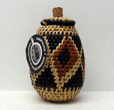 """Handmade Traditional Zulu South Africa Herb Basket 5½"""" with Tag, Ilala Palm"""
