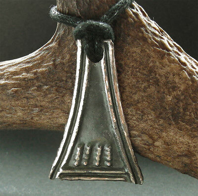 Superb large ancient Viking bronze  amulet - wearable