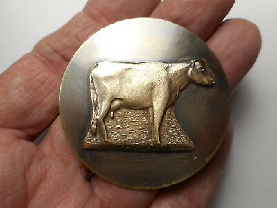 "Extra Large Standing Cow Vintage Brass Button 2"" RCW"