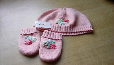 New with tags Cath Kidston baby knitted hat and mittens   one size