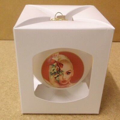 GWEN STEFANI You Make It Feel Like Christmas US promo only bauble decoration