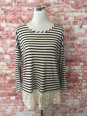 A Pea in the Pod Striped Lace Hem Top-Small