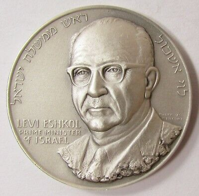 "1967 MEDALLIC ART CO. FINE SILVER MEDAL ""LEVI ESHKOL SIX DAY WAR""- 45mm- 51.1 gr"