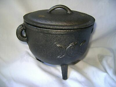 New Cast Iron Cauldron, Moon Design Lid Handle Pagan Wiccan Extra Large 29502