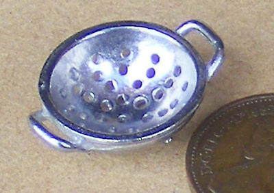 1:12 Scale Unpainted Metal Colander Tumdee Dolls House Kitchen Food Accessory