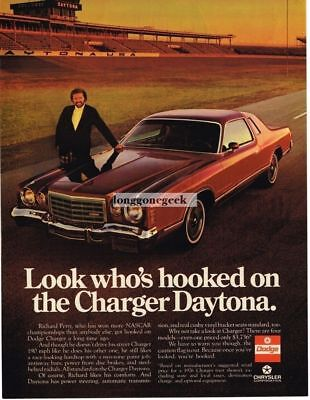 1976 Dodge Charger Daytona Red 2-door Coupe Ricard Petty  Vtg Print Ad