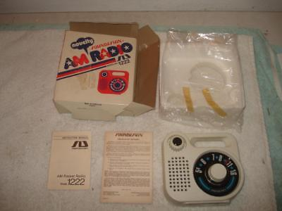 Vintage Soundesign Am Transistor Portable Radio Unsed With Box 1222 B