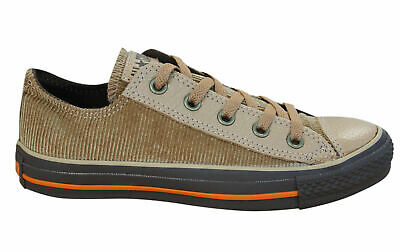 f1316763b93af3 Converse Chuck Taylor All Star Distressed Ox Low Mens Trainers Brown 100167  D40