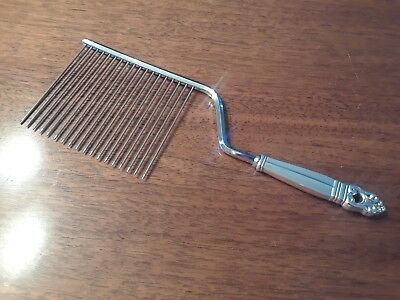 International Silver Sterling ~ Royal Danish Cake Breaker / Cutter