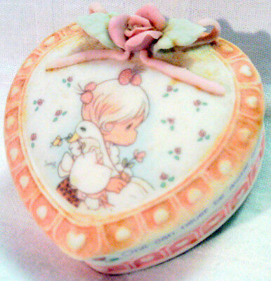1993 PRECIOUS MOMENTS Girl with Goose TRINKET BOX Friendship
