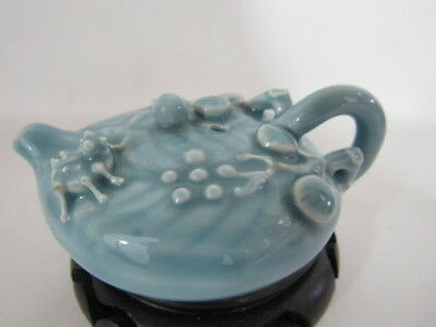 Chinese antique blue porcelain water dropper