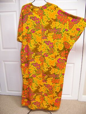 e726441bf1ee Vintage SUN FASHION of HAWAII LONG DRESS CAFTAN Muu Muu FLORAL MOD one size