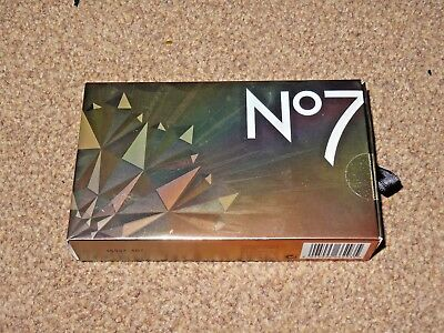 Boots No7 Stand Out Favourites - Suitable For Sensitive Skin - New / Sealed!