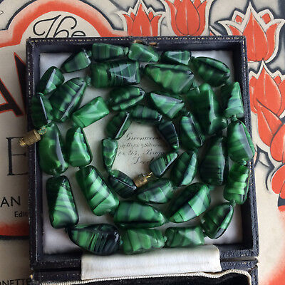 Vintage Art Deco Unusual Czech Malachite Green Striped Art Glass Beads Necklace