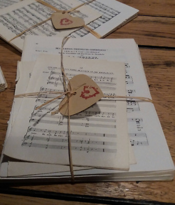 SHABBY CHIC 30 sheets VINTAGE music paper. 12 x 17 cms Origami, scrap booking