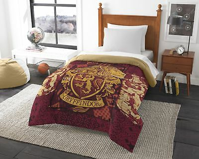 Harry Potter House Crests Comforter - Choose From All 4 Houses Twin/Full or