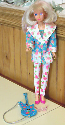 VINTAGE 1980's JEM DOLL IN ROCKIN' ROSES OUTFIT  w SUNGLASSES & GUITAR