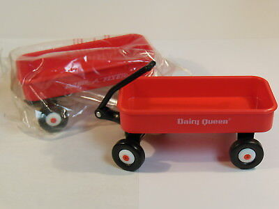 Lot Of 2 Unused   Dairy Queen  Radio Flyer Mini Wagons  Promotional  Mint Shape