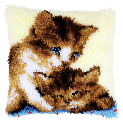 Vervaco Latch Hook Kit - Cushion - Two Cats - Needlecraft Kits