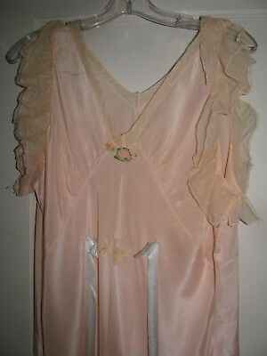 Vintage Ladies Pink Silk 1930S Romper Gown Lingerie Flapper Girl Dress Bias Cut