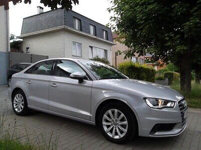 Audi A3 1.6 TDi 110cv ULTRA // FULL OPTION // Euro 6
