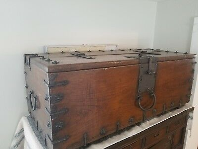 MEDIEVAL 15th-16th C. Iron Bound Oak Wood Strong Chest antique box trunk & lock