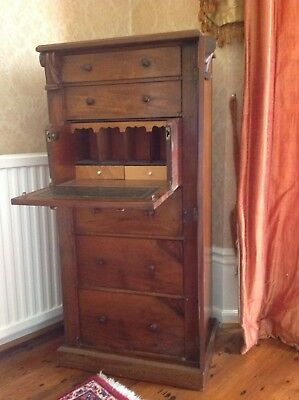 Victorian Wellington chest
